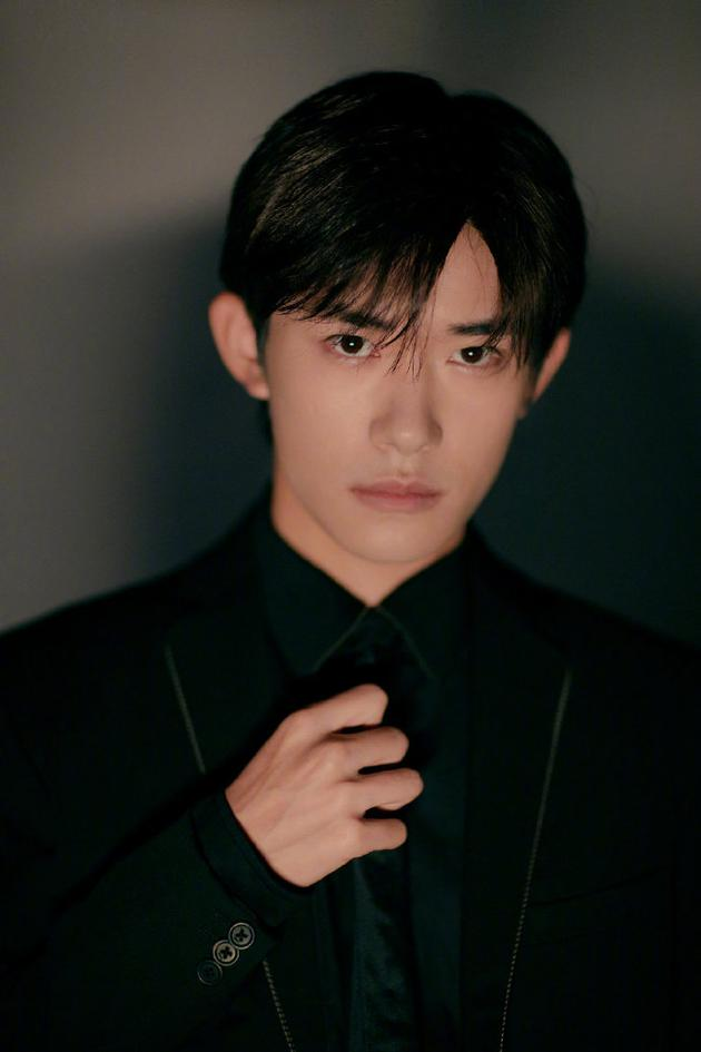《【摩臣平台网站】易烊千玺第二部男主电影官宣 将搭档新